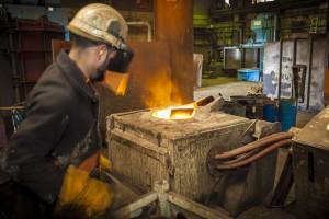 12 Trefoil Steel